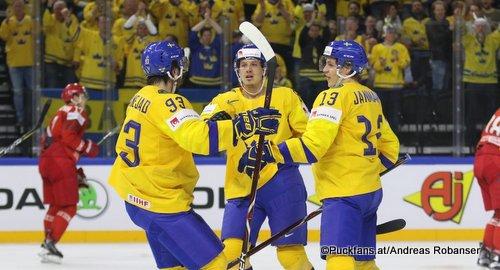 IIHF World Championship SWE - BLR Geoff Platt #16, Mika Zibanejad #93, Mattias Janmark #13 Royal Arena, Copenhagen ©Puckfans.at/Andreas Robanser