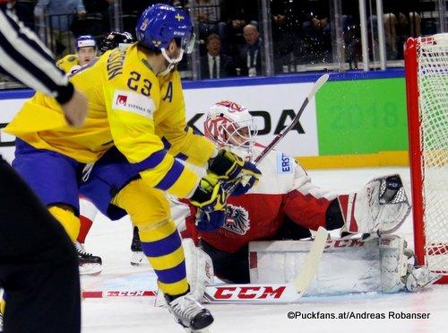 IIHF World Championship  SWE - AUT Oliver Ekman Larsson #23, David Madlener #31 Royal Arena, Copenhagen ©Puckfans.at/Andreas Robanser
