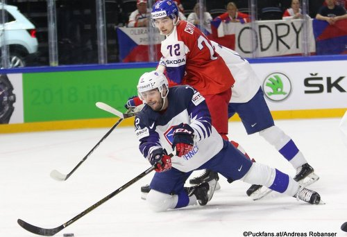 IIHF World Championship FRA - CZE Valentin Claireaux #12, Filip Chytil #72 Royal Arena, Copenhagen ©Puckfans.at/Andreas Robanser