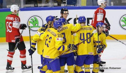 IIHF World Championship SUI - SWE Oliver Ekman Larsson #23, Patric Hornqvist #72, John Klingberg #3, Dean Kukan #34, Ramón Untersander #65 Royal Arena, Copenhagen ©Puckfans.at/Andreas Robanser