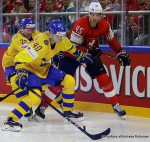 IIHF World Championship SUI - SWE Elias Pettersson #40, Michael Fora #45 Royal Arena, Copenhagen ©Puckfans.at/Andreas Robanser