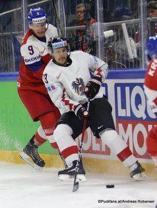 IIHF World Championship  CZE - AUT David Sklenicka #9, Fabio Hofer #23 Royal Arena, Copenhagen ©Puckfans.at/Andreas Robanser