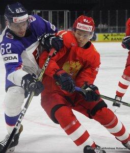IIHF World Championship  RUS - SVK Christian Jaros #62, Nikita Soshnikov #41 Royal Arena, Copenhagen ©Puckfans.at/Andreas Robanser