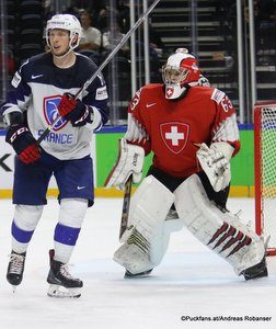 IIHF World Championship SUI - FRA Anthony Rech #81, Leonardo Genoni #63 Royal Arena, Copenhagen ©Puckfans.at/Andreas Robanser