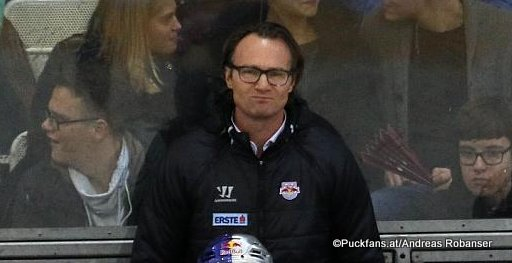 EC Red Bull Salzburg Head Coach Greg Poss EBEL Season 2017 - 2018 ©Puckfans.at/Andreas Robanser