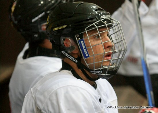 Daniel Catenacci #22, Team Canada Ivan Hlinka Cup 2010 ©Puckfans.at/Andreas Robanser