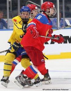 Hlinka Gretzky Cup 2018, Semifinal SWE - RUS Arvid Costmar #12, Semyon Chistyakov #6, Rogers Place, Edmonton ©Puckfans.at/Andreas Robanser