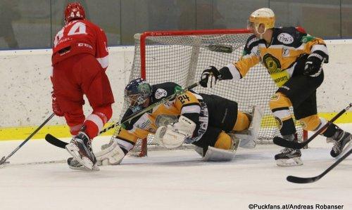 KHL Pre-Game Spartak Moskau - WEV Lions Christian Schäfer #24, Yevgeni Kulik #44 Sportareal Leithana ©Puckfans.at/Andreas Robanser