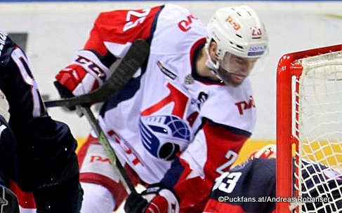 Max Talbot #25, Lokomotiv Yaroslavl  KHL Season 2016-17 ©Puckfans.at/Andreas Robanser