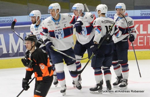 Energie Icehockey Trophy 2018 Graz 99ers - HK Nitra Dominik Grafenthin #26, Branislav Mezei #24, Graeme McCormack #12, Lane Scheidl #86 Eishalle Liebenau ©Puckfans.at/Andreas Robanser