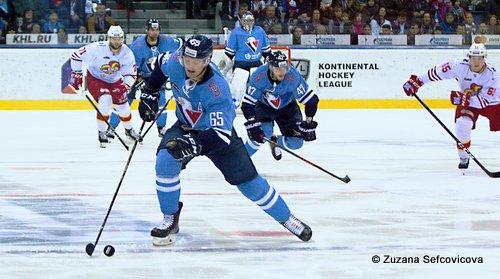 HC Slovan Bratislava -Jokerit Helsinki Rudolf Cerveny #65, Mário Lunter #47 © Zuzana Sefcovicova