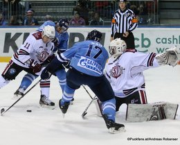 HC Slovan Bratislava - Dinamo Riga Kristaps Sotnieks #11, Rudolf Cerveny #65, Chad Rau #17, Timur Bilyalov #82 ©Puckfans.at/Andreas Robanser