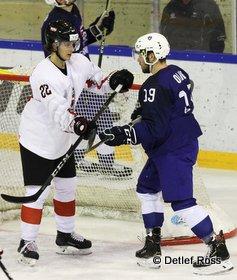 IIHF U20 World Championship Div 1A FRA - AUT Niklas Wurschl #22, Louis Olive #19 © Detlef Ross