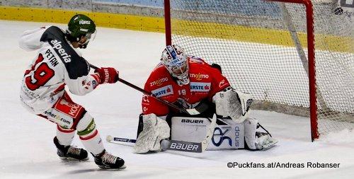 HC Orli Znojmo - HC Bozen Foxes Teemu Lassila  #19, Alex Petan #19 Nevoga Arena, Znojmo ©Puckfans.at/Andreas Robanser