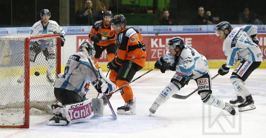 Moser Medical Graz 99ers vs. EHC Liwest Black Wings Linz; EBEL; Playoff; Viertelfinale; Merkur Arena, Graz; 17.03.2019; © Werner Krainbucher, Puckfans.at