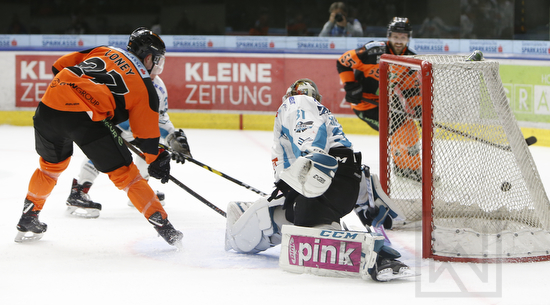 Moser Medical Graz 99ers vs. EHC Liwest Black Wings Linz; EBEL; Playoff; Viertelfinale; Merkur Arena, Graz; 22.03.2019; © Werner Krainbucher, Puckfans.at