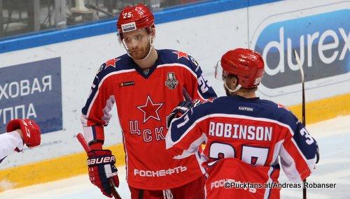CSKA Moskau Playoffs 2019 Mikhail Grigorenko #25, Mat Robinson #37 ©Puckfans.at/Andreas Robanser